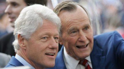 george bush and bill clinton.jpg_22589921_ver1.0_640_360
